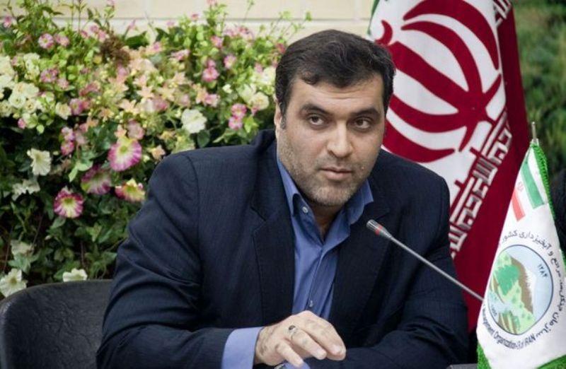 در پیامی توییتری: علت سفر ناگهانی وزیر کشور به خوزستان چیست؟