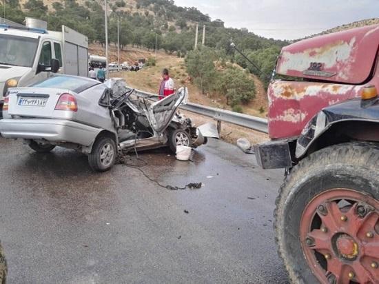 برخورد مرگبار یک کامیون با پراید
