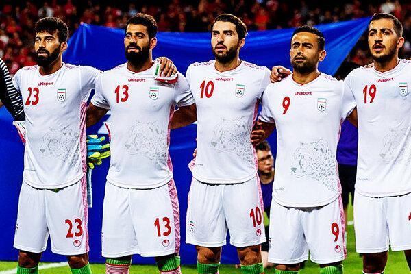 تیم ملی با ریسک بالاتری بازی می کند، برخی بازیکنان سفارشی هستند