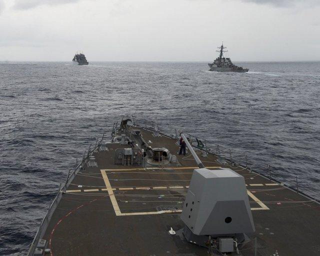 عملیات یک کشتی نیروی دریایی آمریکا در دریای چین جنوبی در راستای تحریک چین
