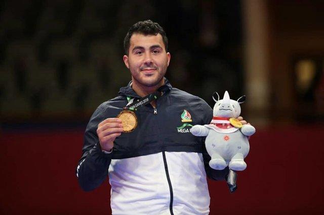 گنج زاده قهرمان بازی های آسیایی شد، نخستین طلای کاراته در جاکارتا