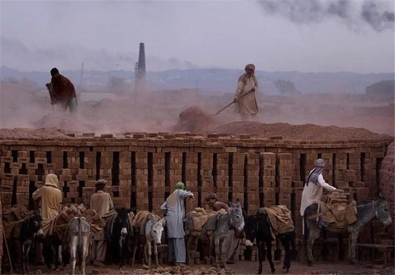 پاکستان پس از هند و چین در صندلی سوم برده داری دنیا واقع شده است