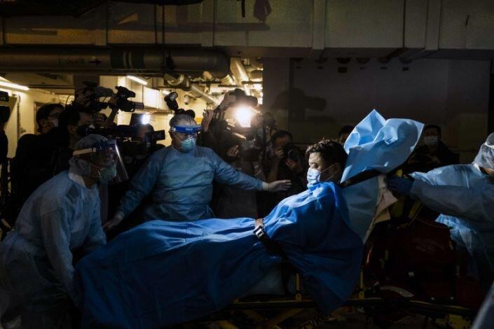 شمار تلفات کوروناویروس از 130 نفر گذشت ، امارات نخستین موارد عفونت در خاورمیانه را گزارش کرد