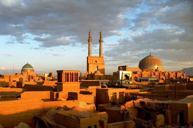 مدیرکل میراث فرهنگی یزد استعفا کرد