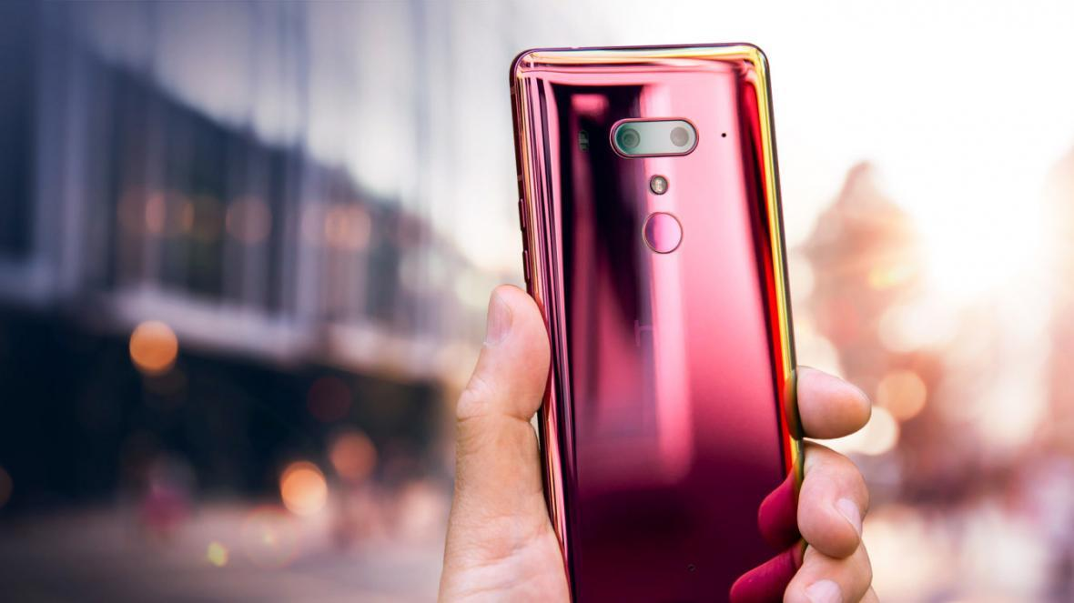 HTC U12 Plus با رنگ سرخ آتشین در آمریکا و کانادا رونمایی شد