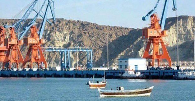 خبرنگاران پاکستان از شروع تجارت ترانزیتی با افغانستان از بندر گوادر اطلاع داد