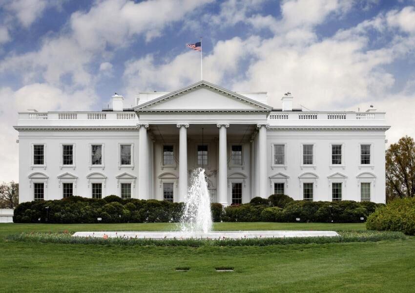 یک کرونایی در کاخ سفید رویت شد