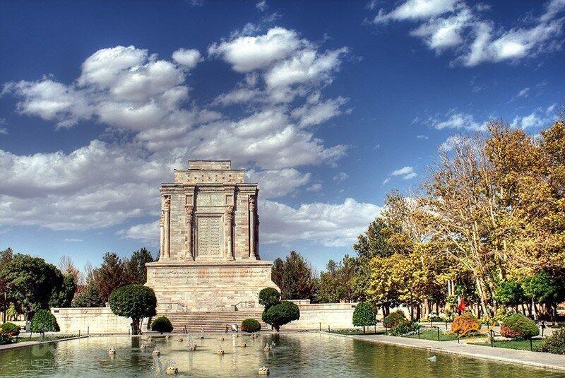 خبرنگاران موزه ها و باغ موزه های مشهد 10 روز تعطیل شدند