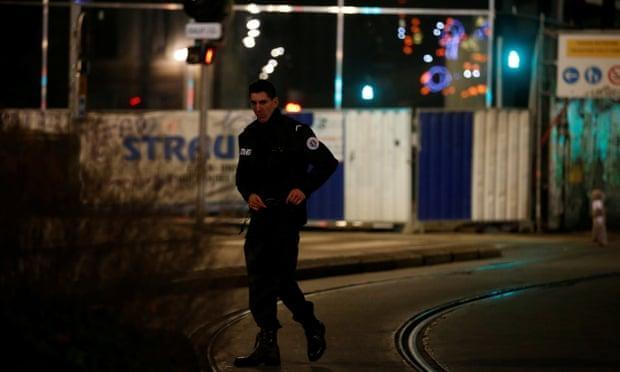 دولت فرانسه لایحه منع تصویربرداری از پلیس را لغو کرد