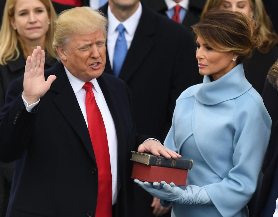 توطئه ترامپ برای ماندن در کاخ سفید