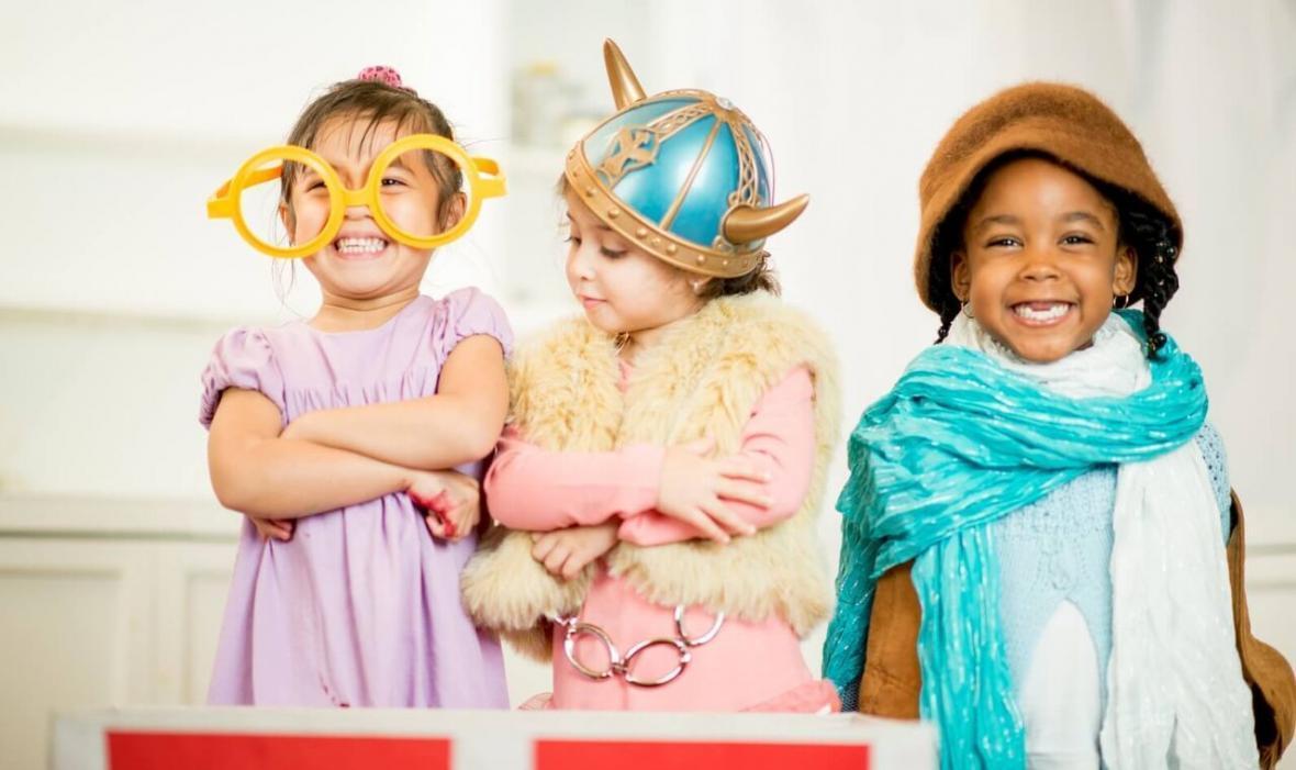 چرا بازی کردن برای بچه ها مهم است؟