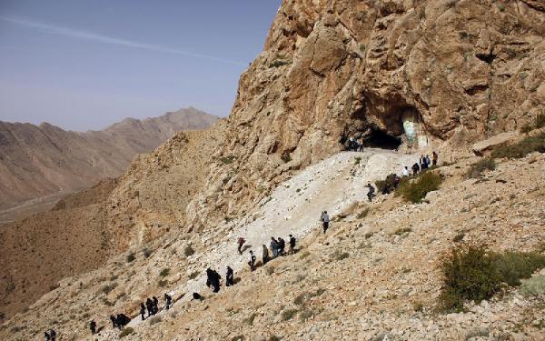 غار و منطقه حفاظت شده دربند سمنان