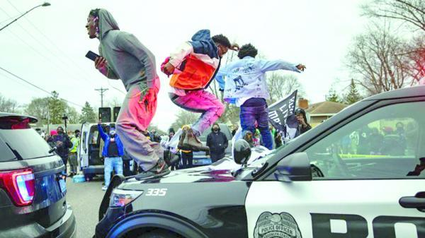 مینه سوتا در خشم خشونت نژادی پلیس