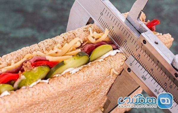 چطور بدون تحمل گرسنگی، کالری روزانه کمتری دریافت کنیم؟